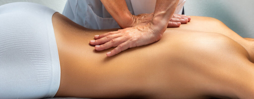 How Active and Passive Physical Therapy Treatment Can Improve Back Pain